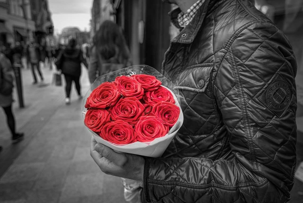 Seznámil jsem se na seznamce. Jaké květiny na první rande?